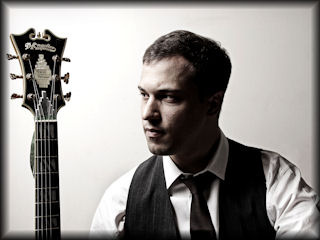 Ricardo Grilli is a guitar instructor at NY Ensemble Classes